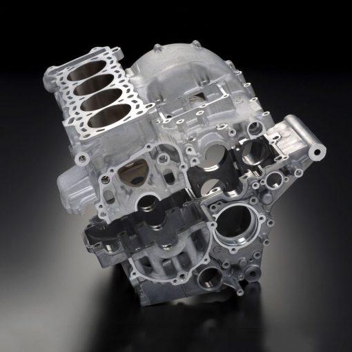 Suzuki GSX R600 sport motorbike engine