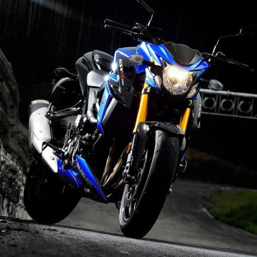 Suzuki GSX S750 motorbike in the garage