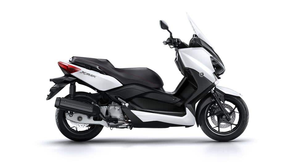 X-Max 125 Colour White Motorcycle hire