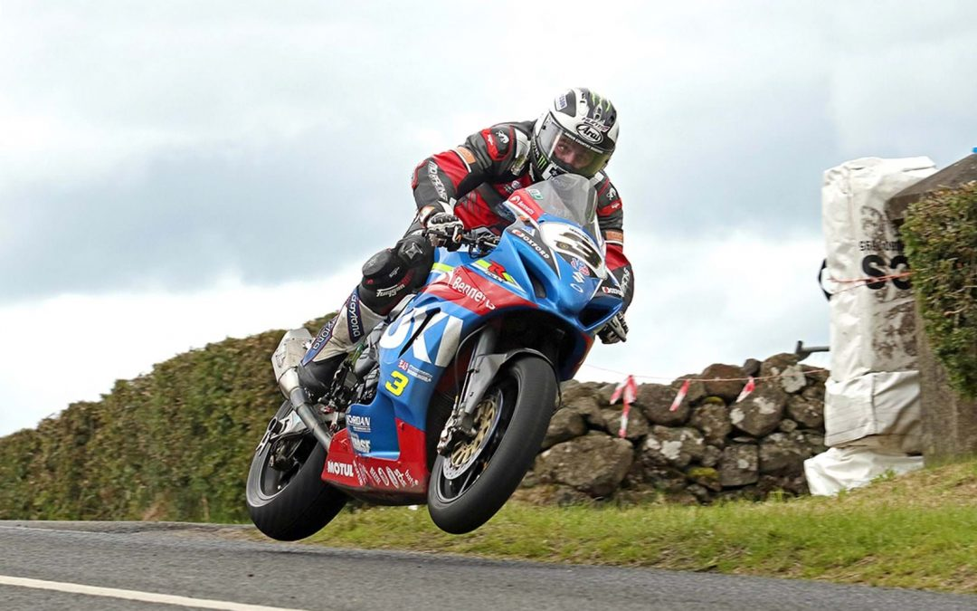 Armoy wins for Dunlop and Bennetts Suzuki