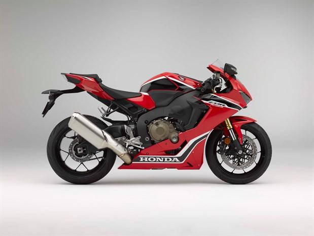 Honda CBR1000RR Fireblade motorcycle 17ym