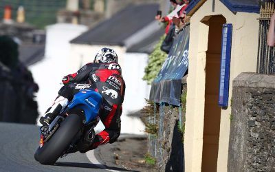 Southern 100 win for Dunlop and Bennets Suzuki