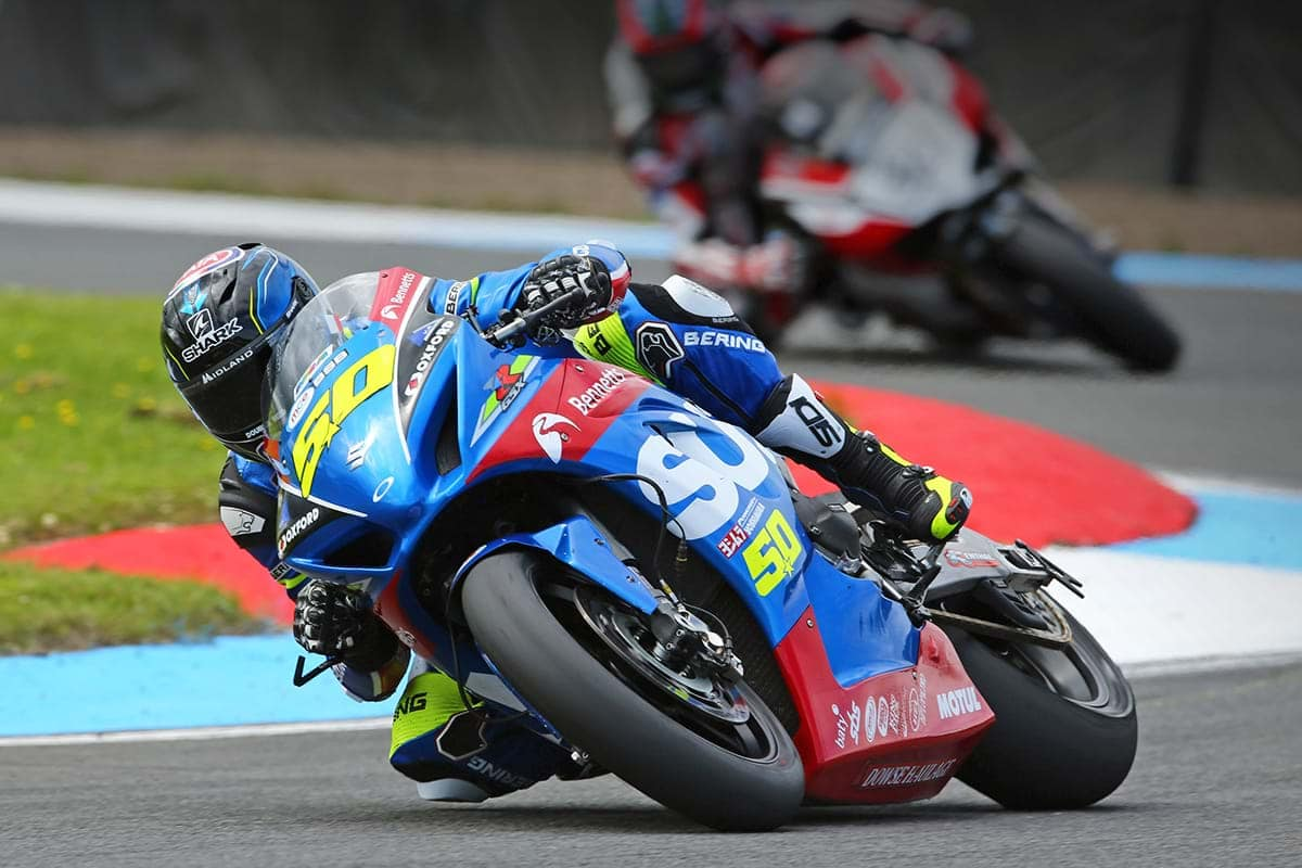Sylvain Guintoli on Suzuki GSX-R1000 bike at Knockhill