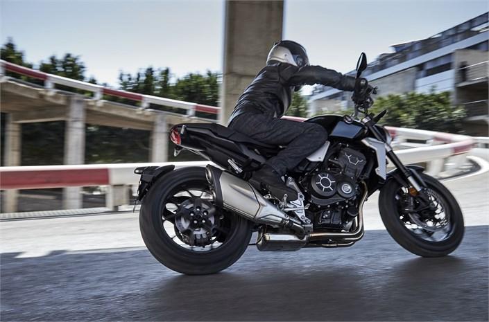 2018 Honda CB1000R in action