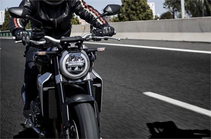 2018 Honda CB1000R motorbike - riding to Chelsea