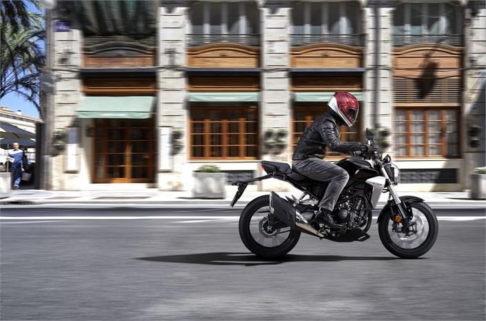 2018 Honda CB300R bike in action - Chelsea