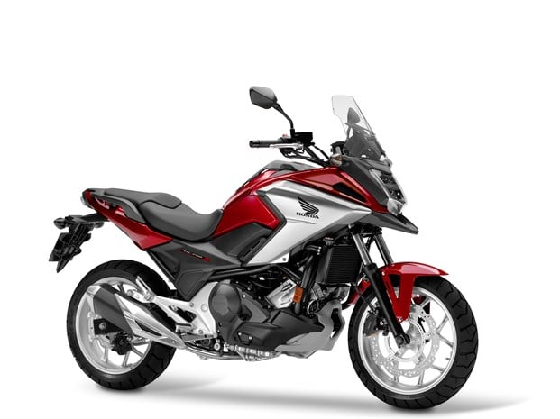 2018 Honda NC750X motorbike - front 3/4