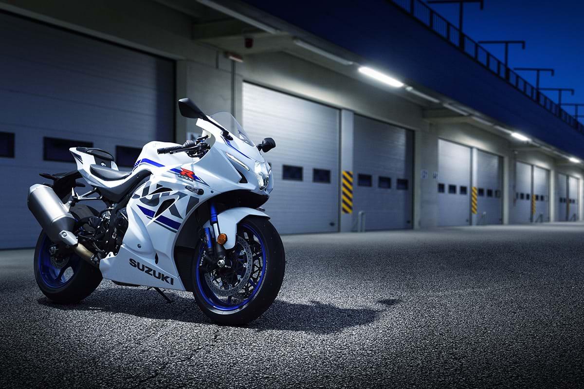 Suzuki GSX R1000R motorcycle - night Chelsea