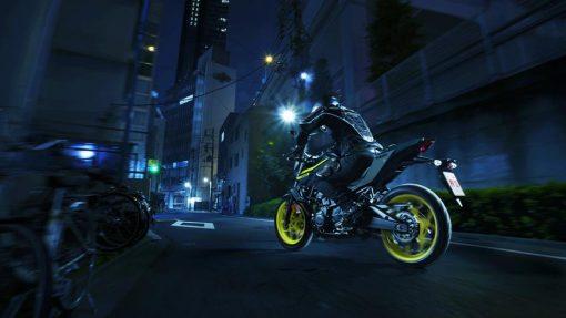 2018 Yamaha MT-03 bike - Night Fluo on road