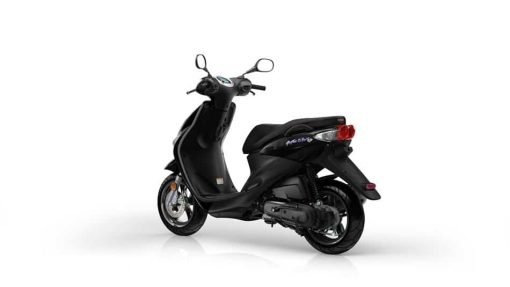2018 Yamaha Neo's 4 - Midnight Black