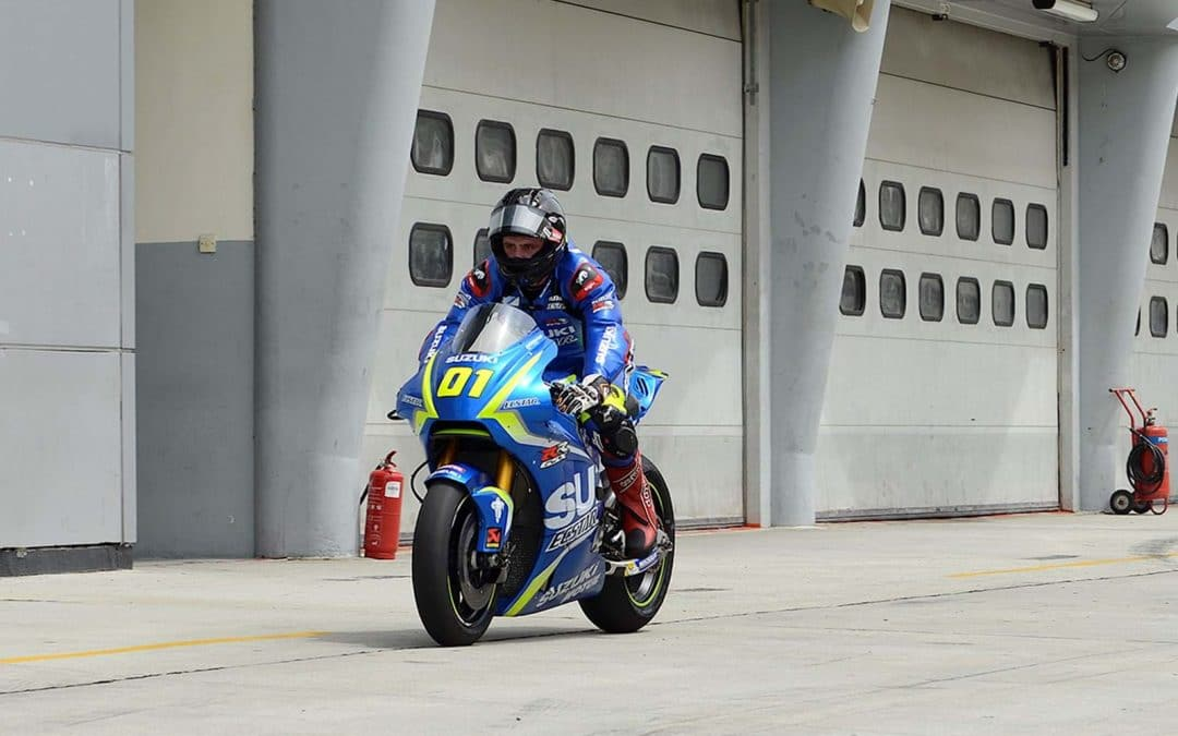 Michael Dunlop tests Suzuki GSX-RR MotoGP machine