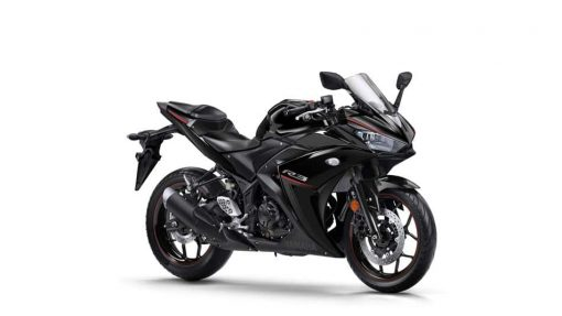 Yamaha YZF-R3 bike - Midnight Black
