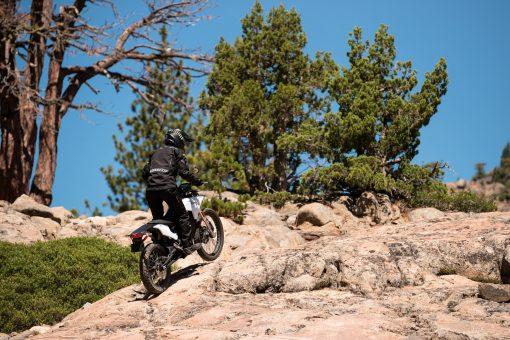 2018 Zero FX electric bike outdoors - riding
