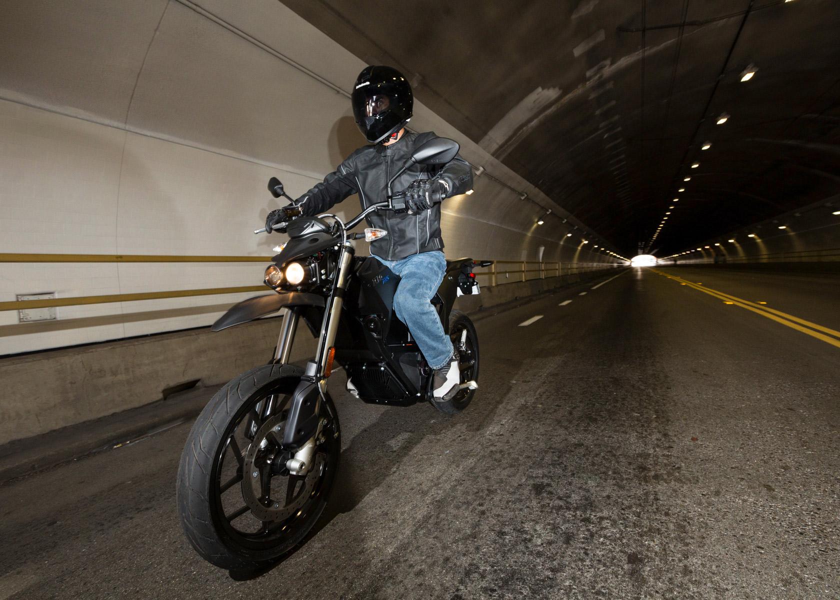 Zero FXS motorbike riding