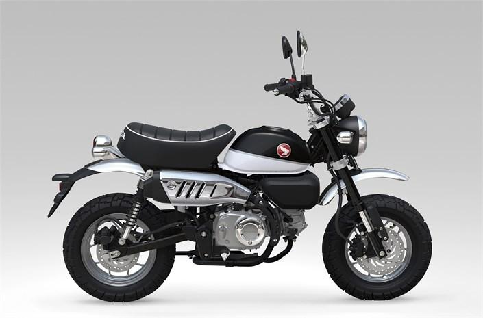 Honda Monkey bike 2018 - Pearl Shining Black/Ross White, side profile