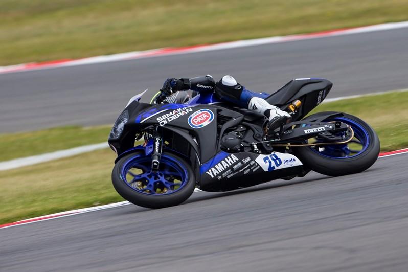 Dennis Koopman on Yamaha R3 during the race
