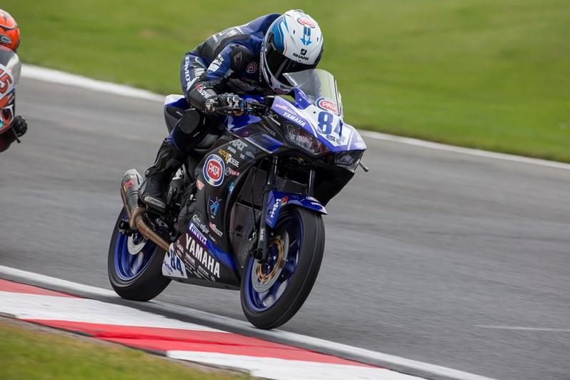 Joep Overbeeke - Yamaha R3 bLU cRU Challenge Rider