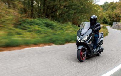 Suzuki announces official accessory line for Burgman 400